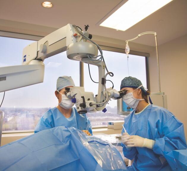 Chirurgie des deux yeux la même journée